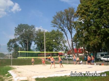 Cпортивно –масові змагання по міні-футболу та пляжному волейболу